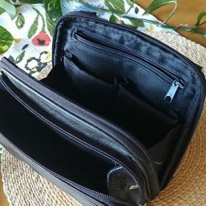 Fossil Bags - FOSSIL CROSSBODY LEATHER TRAVEL WALLET BAG BLACK
